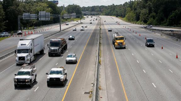 Both lanes of Interstate 26 flow westbound in North Charleston, South Carolina, toward Columbia as people evacuate inland on September 11.