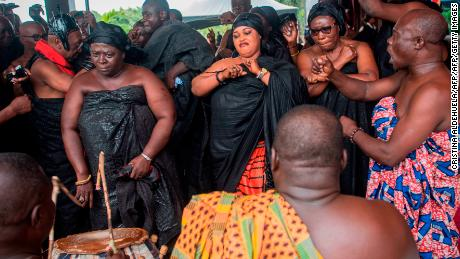 Ghana's lavish funerals can last up to seven days. Now, a centuries-old tradition has gone online