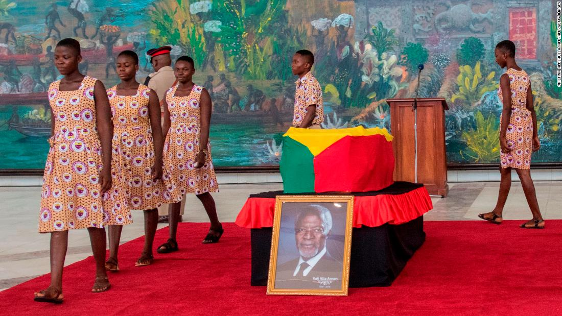 Mourners from across the country gathered to pay their last respects to the late diplomat.
