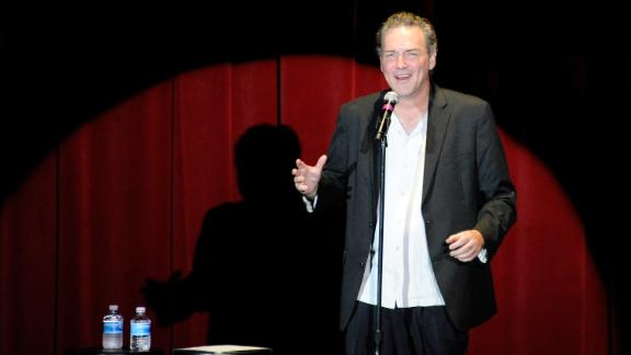 Comedian and actor Norm Macdonald tweeted an apology for his controversial comments.