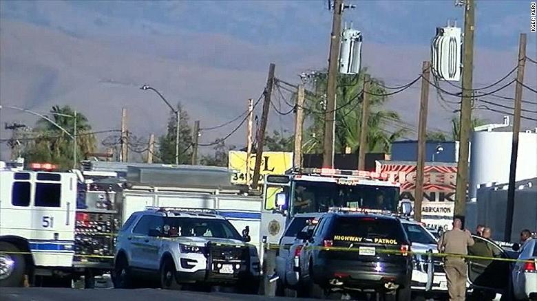 bakersfield shooting gunman kills 5 before taking his own life