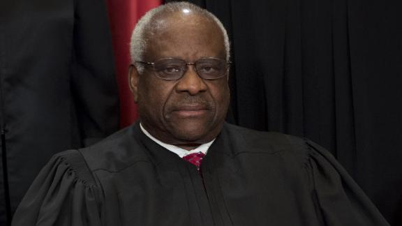 US Supreme Court Associate Justice Clarence Thomas sits for an official photo with other members of the US Supreme Court in the Supreme Court in Washington, DC, June 1, 2017. (SAUL LOEB/AFP/Getty Images)