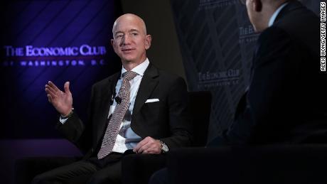 Jeff Bezos Defends The Press Against Trump Cnn Video
