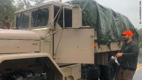Ex-Marine rescues victims in military vehicle