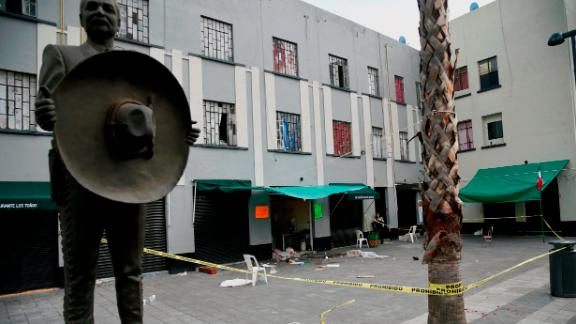 View of the Plaza Garibaldi square in downtown Mexico City on September 15, 2018 a day after gunmen dressed as mariachi musicians killed four people and wounded nine others. - The five assailants carried out the shootings shortly before 10pm on Friday (0300 GMT Saturday) in the busy Plaza Garibaldi -popular with foreign tourists. Neither the motive for the attack nor the identities of the gunmen were known, but the area is located near the Tepito neighbourhood, where a cartel considered the largest criminal organization in the capital operates. (Photo by Alfredo ESTRELLA / AFP)        (Photo credit should read ALFREDO ESTRELLA/AFP/Getty Images)