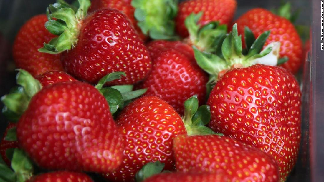 australia strawberry needles scare widens as federal probe is