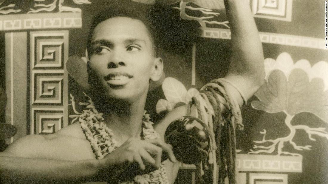 Arthur Mitchell, co-founder of Dance Theatre of Harlem, dies at 84 - CNN