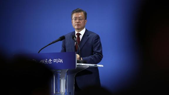 SEOUL, SOUTH KOREA - SEPTEMBER 20:  South Korean President Moon Jae-in attends a press conference on September 20, 2018 in Seoul, South Korea. President Moon Jae-in wrapped up his three-day visit to Pyongyang to become the first South Korean leader ever to give a speech to the North Korean public when he spoke at the Mass Games in Pyongyang, signed a landmark agreement with Kim Jong-un and went on a trip to the top of Mount Baektu, a sacred mountain that borders China, with the North Korean leader.  (Photo by Chung Sung-Jun/Getty Images)