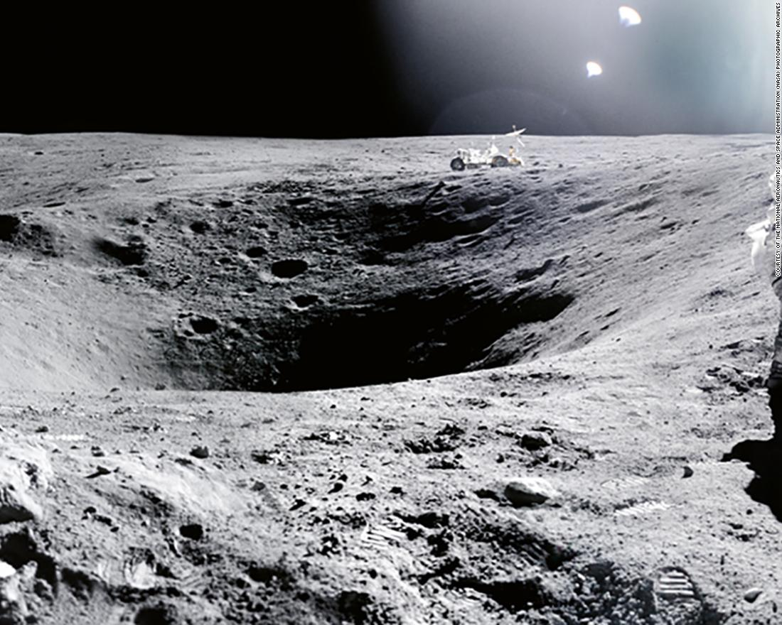 85b58f2dbc12 Photos from NASA  39 s Apollo missions present us with different ways of  seeing