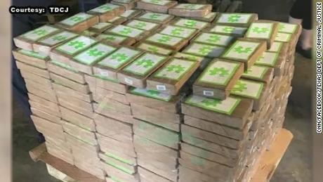 The backstreet labs feeding Pakistan's fake drug trade - CNN