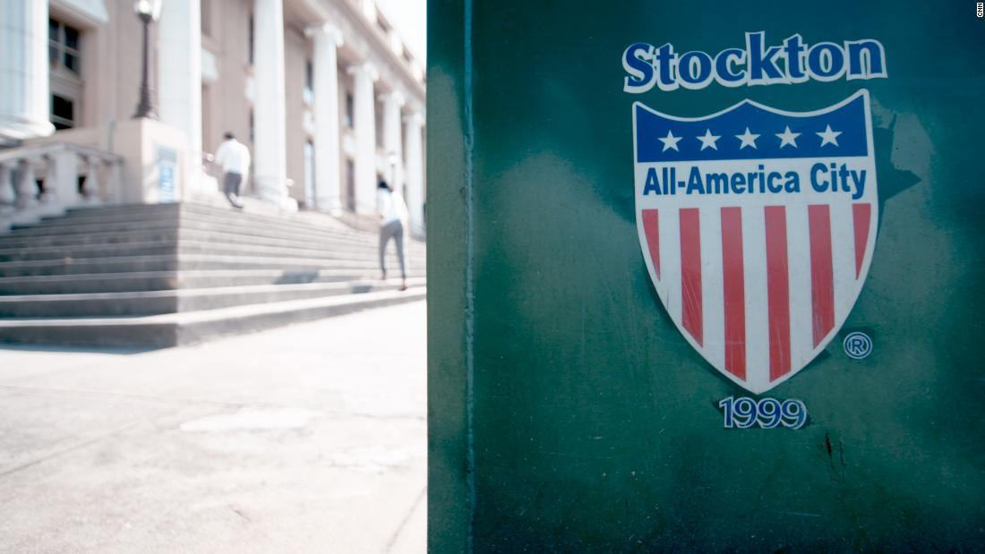 Stockton starts giving some residents $500 a month to fight poverty