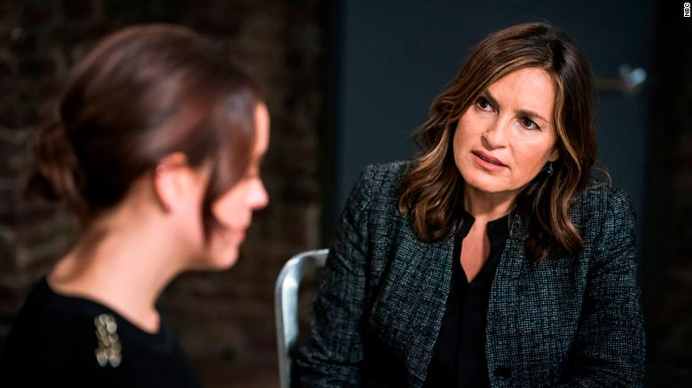 Mariska Hargitay kanan sebagai Olivia Benson di & quot; Law & amp;  Pesanan SVU & Quot;