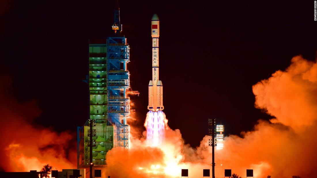 La estación espacial china Tiangong-2 caerá hoy a la Tierra (ING)