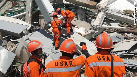 Indonesia accused of maltreatment of tsunami warnings