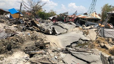 Indonesia earthquake: Torrents of 'liquid soil' washed away buildings