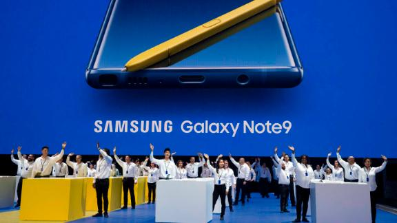 Analysts expect Samsung to report disappointing smartphone sales despite the release of its new Galaxy Note 9.