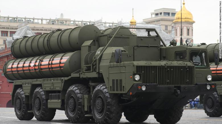 Turkey takes delivery of Russian missile system