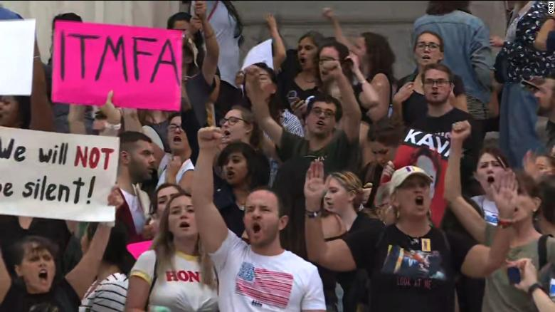 Its Not Just Demonstrators Saying >> Anti Kavanaugh Protesters Keep Up The Fight Even After He S