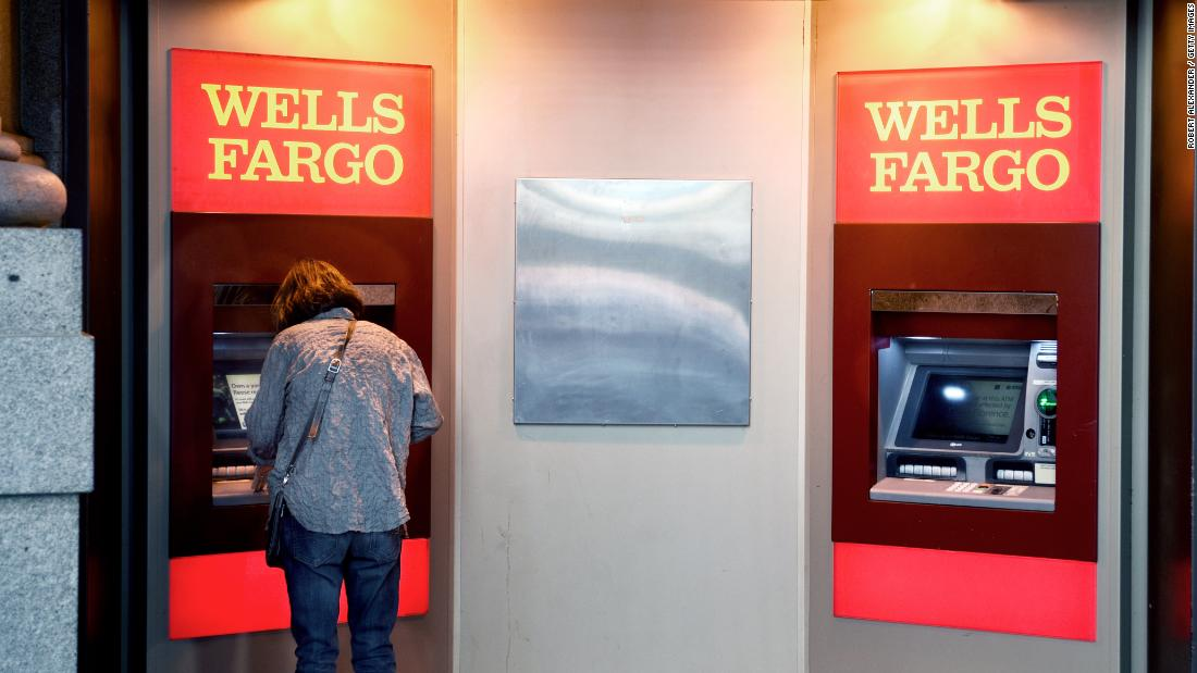 Wells Fargo cash machines