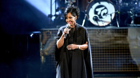Gladys Knight performs onstage during the 2018 American Music Awards at Microsoft Theater on October 9, 2018 in Los Angeles, California.  (Photo by Kevin Winter/Getty Images For dcp)