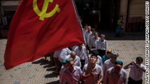 Sincan'daki Çin'in paranoyası ve baskısı uzun bir geçmişe sahip