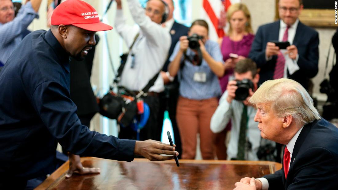 Kanye West tells Trump MAGA hat made him feel like 'Superman' – Trending Stuff