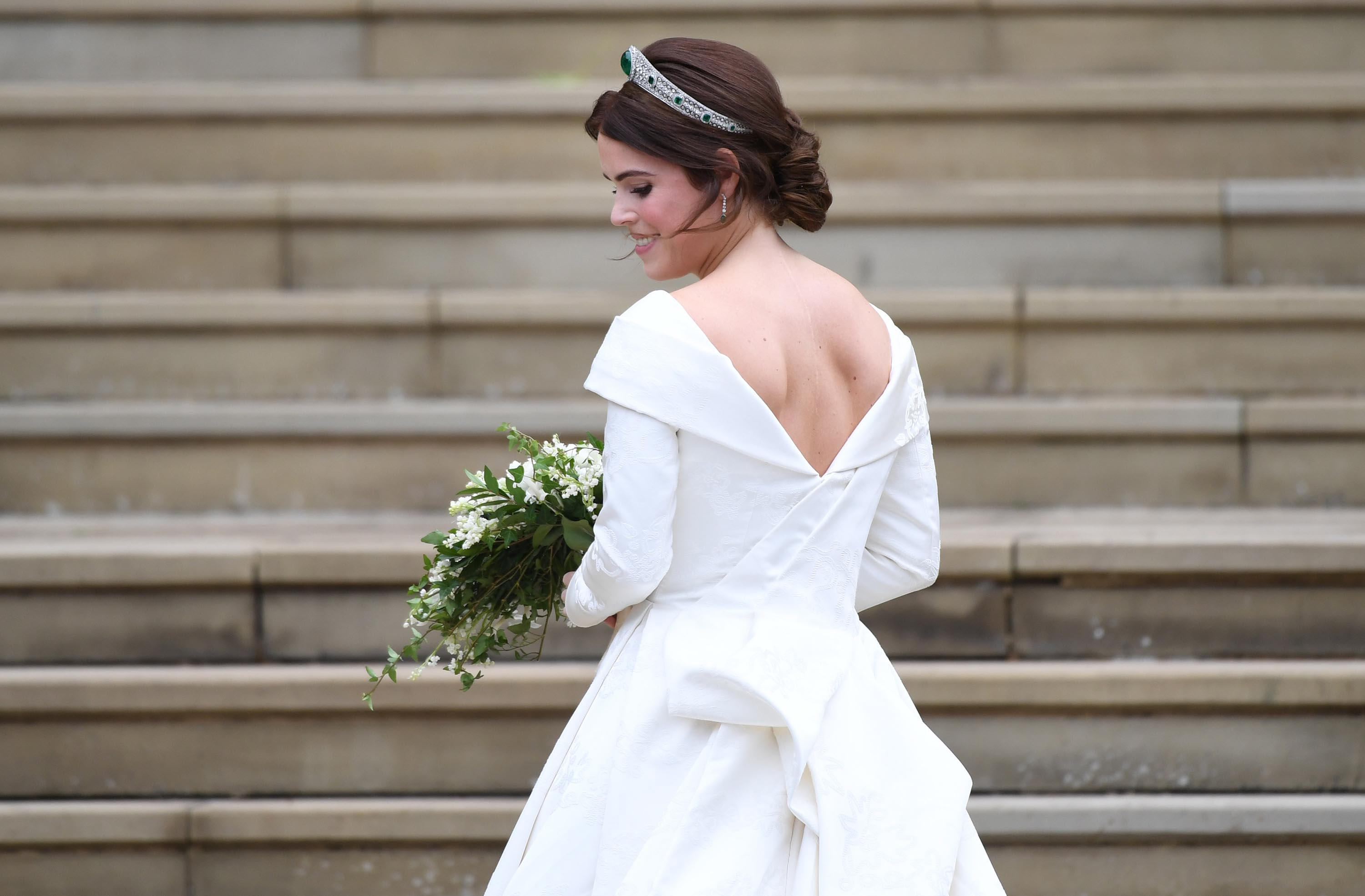 Princess Eugenie Makes Bold Statement With Wedding Dress Revealing Scars Cnn Style