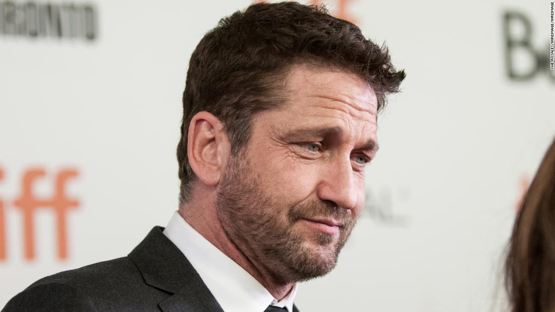 Gerard Butler accidentally flashed 400 people