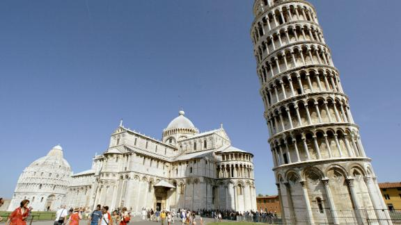 """The Leaning Tower of Pisa and the Cathedral in the """"Square of Miracle"""" in Italy are in danger of flooding by 2100 due to climate change, says a study by the Coastal Risks and Sea-Level Rise Research Group."""