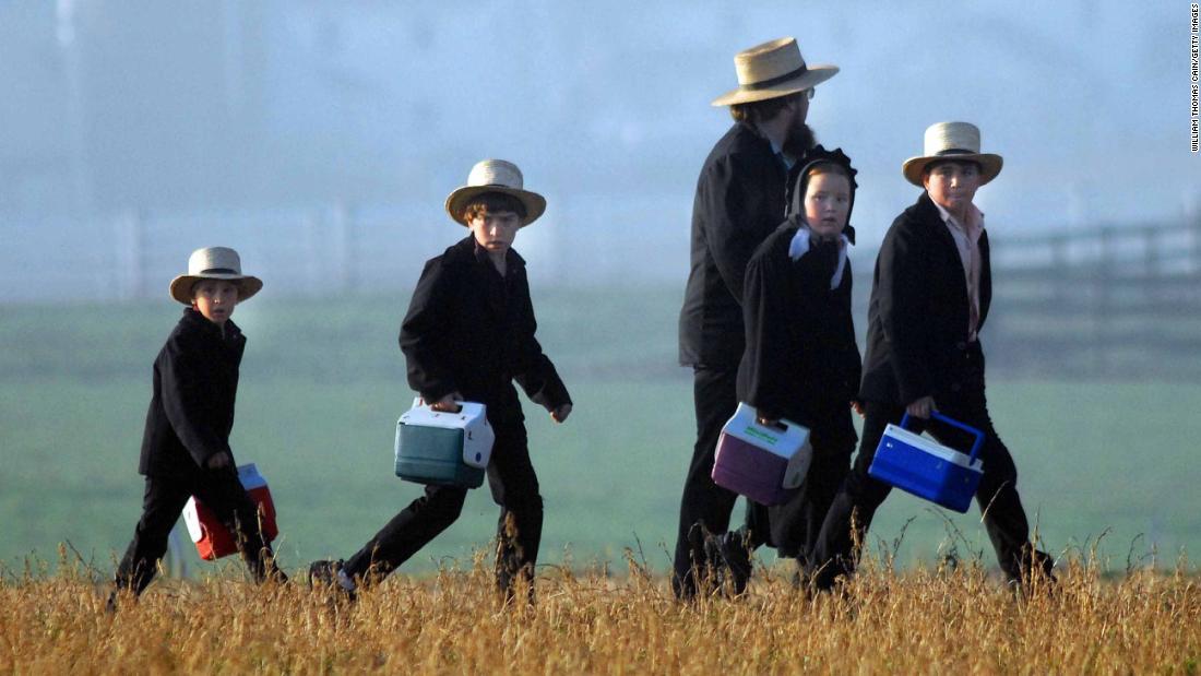 Κανείς δεν ήξερε γιατί αυτές οι Amish τα παιδιά πέθαιναν. Τώρα οι ερευνητές έχουν απαντήσεις
