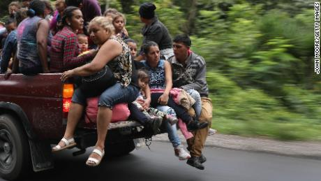 A caravan of migrants approaches Mexico's border. Will the authorities put them back?