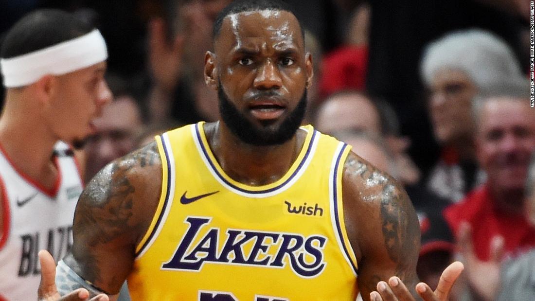 b1f27dd9280 LeBron James makes losing LA Lakers debut despite sensational start - CNN