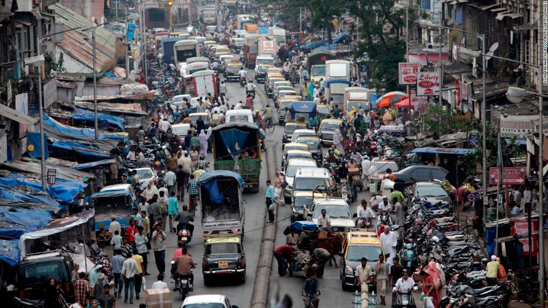 Uber turns to boats to beat Mumbai's terrible traffic