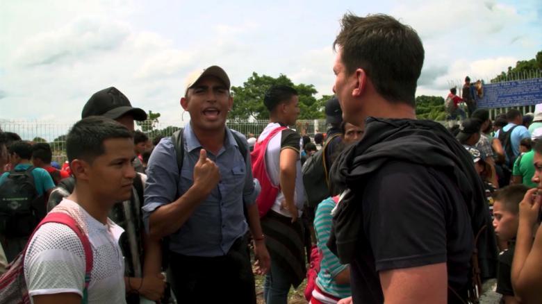 Chaos erupts as caravan reaches Mexico border CNN
