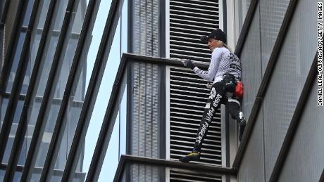 French Spiderman Climbs London Skyscraper Cnn Video