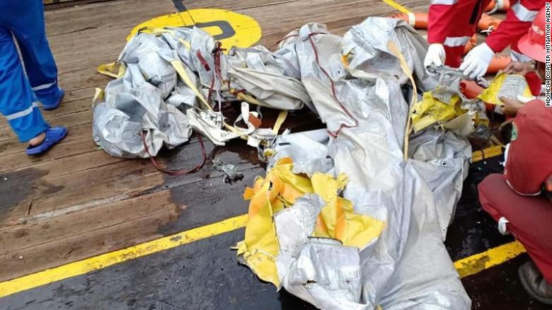 Lion Air plane crash: Six bodies found in sea off Jakarta, Indonesia