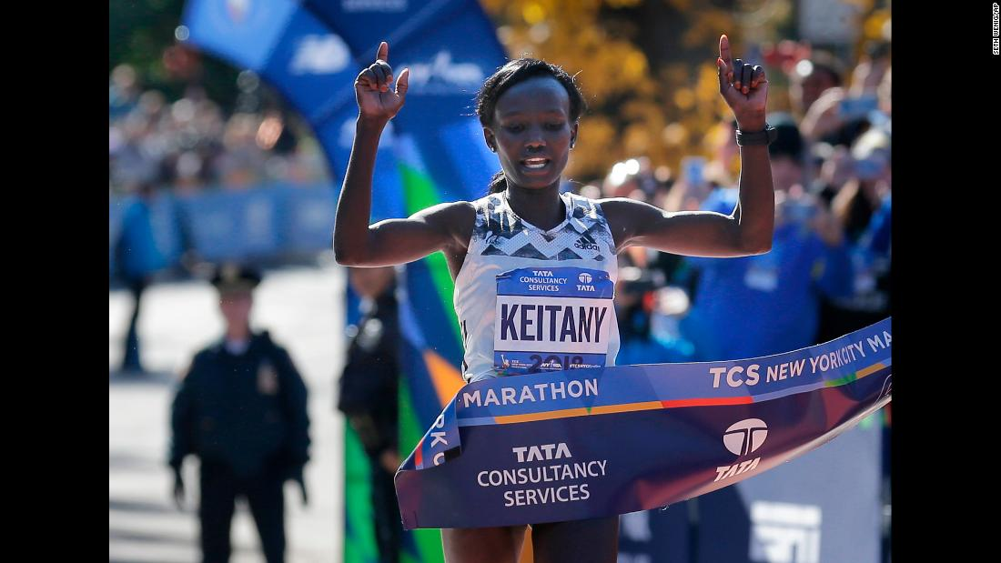 "Mary Keitany of Kenya crosses the finish line to win the New York City Marathon in New York, Sunday, November 4, 2018. Keitany won her fourth <a href=""https://www.cnn.com/2018/11/04/us/new-york-city-marathon-winner/index.html"" target=""_blank"">NYC Marathon title in dominating fashion</a>, finishing more than three minutes ahead of the next closest runner."