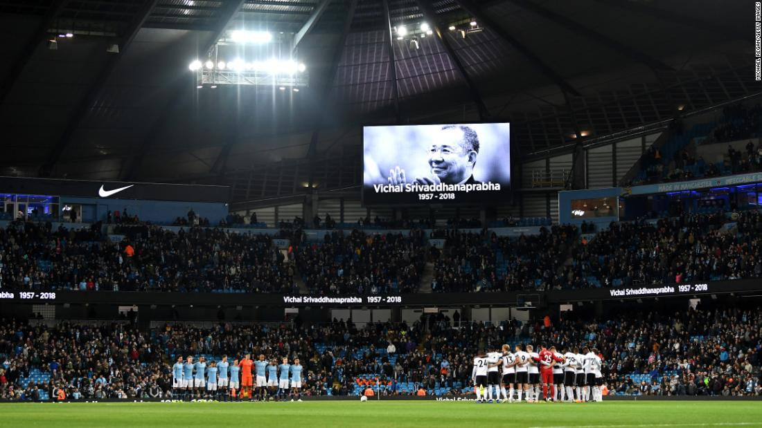 "Fulham and Manchester City players observe a moment of silence in memory of Leicester City Chairman, Vichai Srivaddhanaprabha prior to the Carabao Cup Fourth Round match between Manchester City and Fulham at Etihad Stadium on November 1, 2018. The Leicester club owner died last month when his <a href=""https://www.cnn.com/2018/10/27/football/leicester-city-helicopter-crash-intl/index.html"" target=""_blank"">helicopter crashed shortly after takeoff in Leicester, England.</a>"