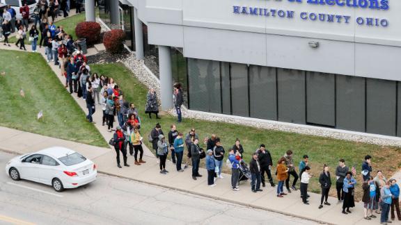 Early voters wait in line in Cincinnati on Sunday, November 4.
