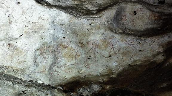 Human figures from 13,600 years ago.