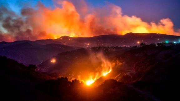 The Hill Fire burns in Thousand Oaks on November 8.