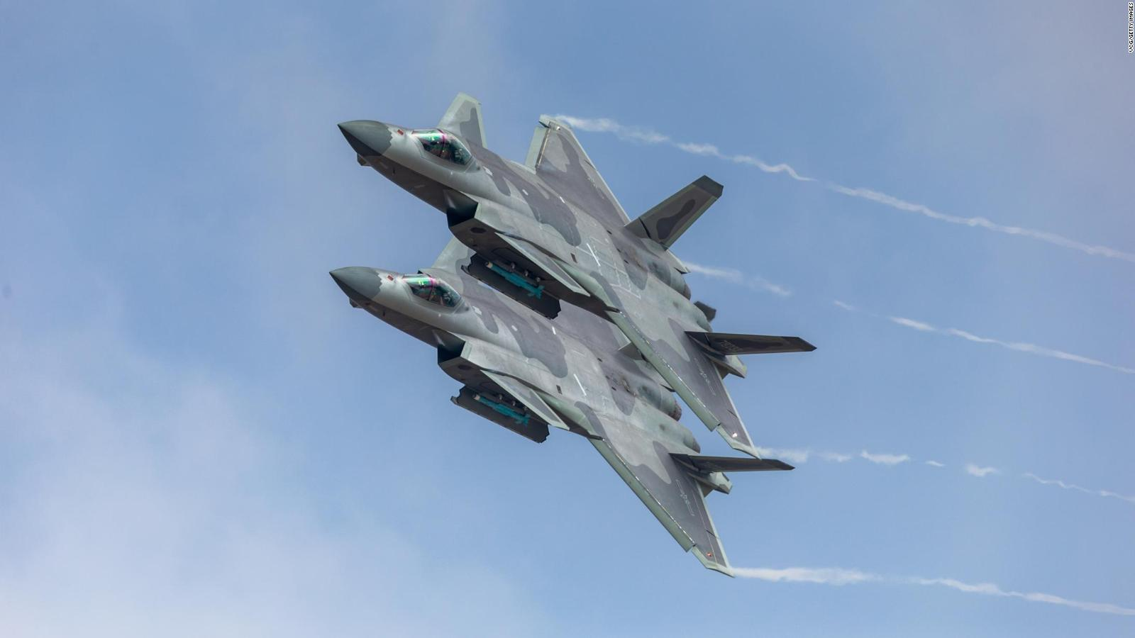 China shows off new J-20 stealth fighter (2016)