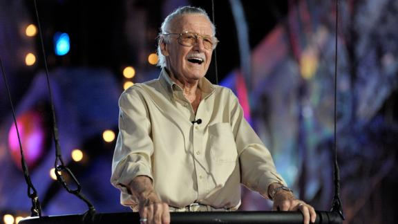 Stan Lee accepts the Comic-Con Icon award in 2009.
