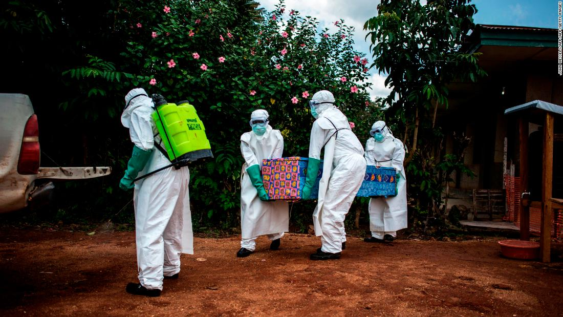 Los casos de ébola aumentan en el Congo, con mujeres y niños desproporcionadamente enfermos