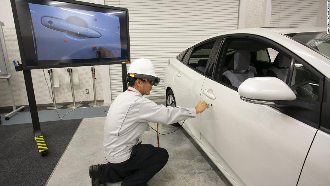 toyota is using hololens to build cars faster cnn