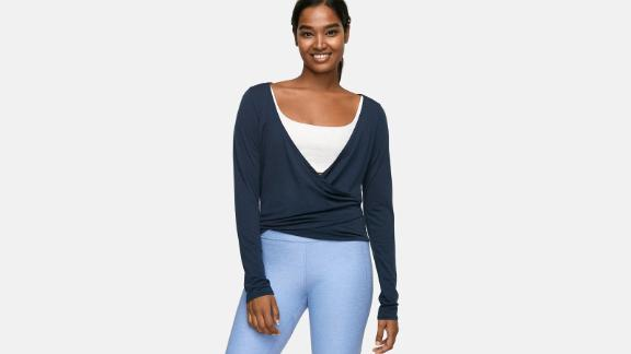 Women's clothing and accessories Christmas gift ideas: Outdoor Voices Merino Plie Wrap ($75; outdoorvoices.com)