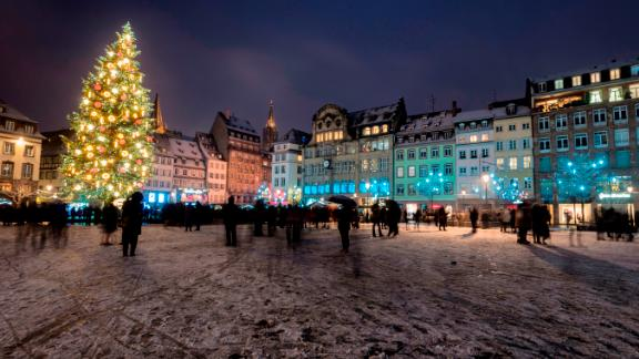 <strong>Strasbourg, France:</strong> A light layer of snow covers the Place Kleber square in downtown Strasbourg.