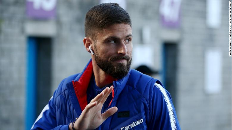 "Olivier Giroud believes it is ""impossible"" for a footballer to come out as gay."