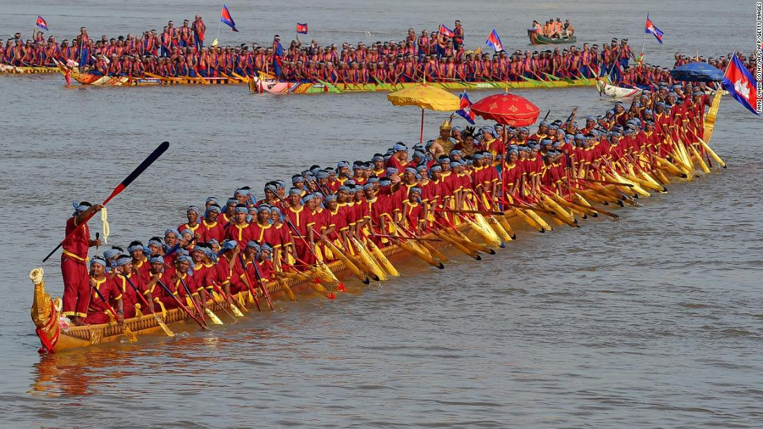 Another water festival takes place in Cambodian capital Phnom Penh each November to commemorate the end of monsoon season. This  long dragon boat carrying 179 rowers and measuring 87.3 meters will be on display during this year's water festival.<br />