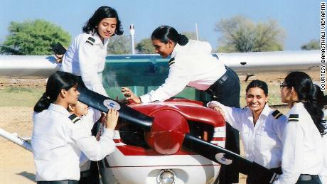 Training India's next generation of female pilots